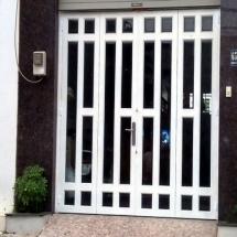 Mẫu cửa cổng sắt 4 cánh đẹp 3